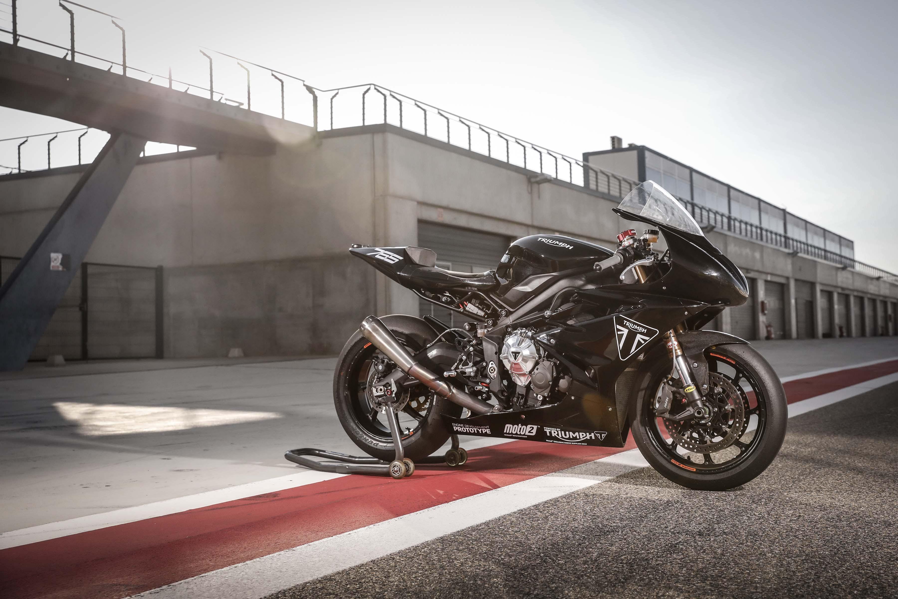 Triumph Daytona 765 Moto2 test bike 10